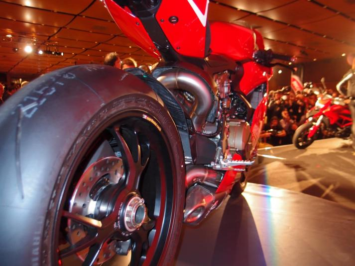 Ducati 1199 Panigale R back