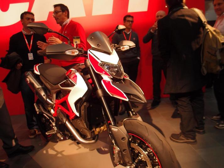 Ducati Hypermotard side