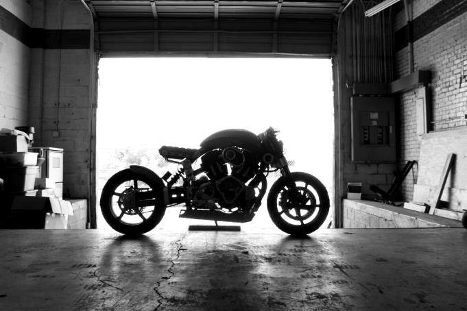 Confederate Motorcycles X132 Hellcat silhouette